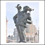 Statue Hitchcok à Dinar